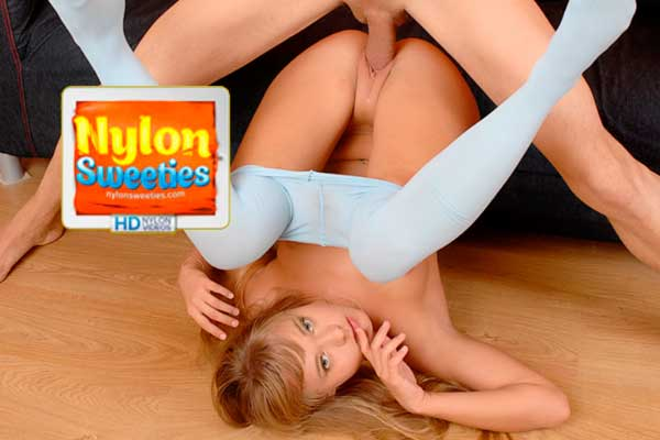Popular paid sex site featuring clothed porn contents